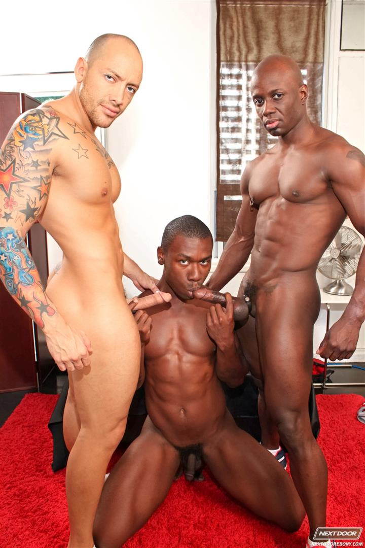 Next-Door-Ebony-Jordano-Santoro-and-Jay-Black-and-Damian-Brooks-Interracial-Gay-Fucking-Threeway-Amateur-Gay-Porn-07 Interracial Muscle Couple Picks Up A Black Muscle Stud In The Park
