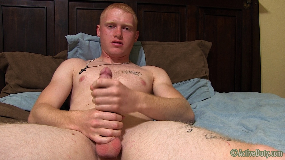 ActiveDuty-Redhead-Nick-Army-Guy-With-Huge-Ginger-Cock-Jerk-Off-Amateur-Gay-Porn-09 Amateur Straight Redheaded Army Stud Jerks His Huge Cock