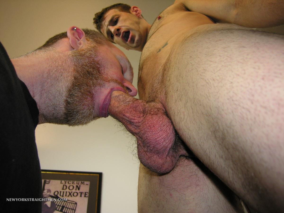 New-York-Straight-Men-Rocky-Straight-Man-Gets-His-Cock-Sucked-By-A-Gay-Guy-Amateur-Gay-Porn-04 Amateur Straight New Yorker Gets His Fat Cock Sucked By A Guy