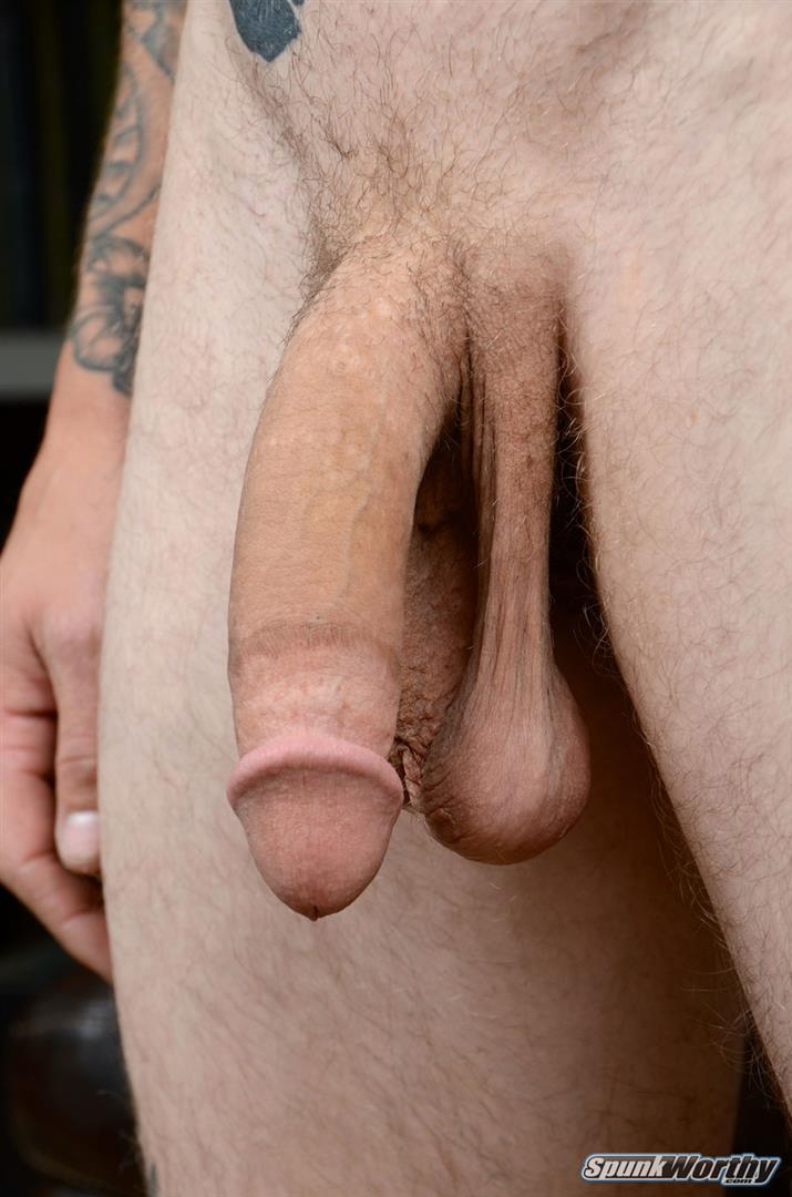 SpunkWorthy-Dane-Tatted-Marine-Masturbating-8-Inch-Cock-Amateur-Gay-Porn-04 Amateur StraightTatted Marine Jerking His Big 9