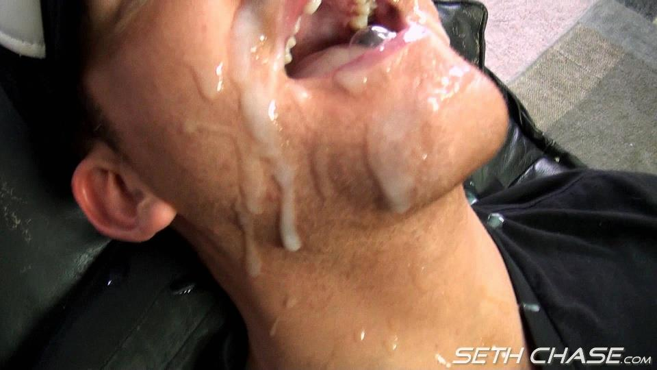 Seth-Chase-Addison-Cooper-Massive-Load-of-Cum-In-the-Mouth-And-Face-Amateur-Gay-Porn-20 Cocksucker Eating A Massive Load of Hot Thick Cum