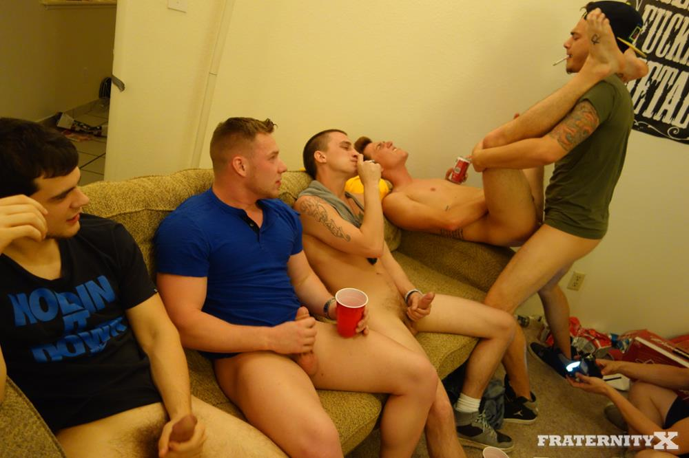 Fraternity X Brad Frat Guys With Big Cocks Fucking Bareback Amateur Gay Porn 14 Stoned and Drunk Frat Guys Bareback Gang Bang A Freshman Ass