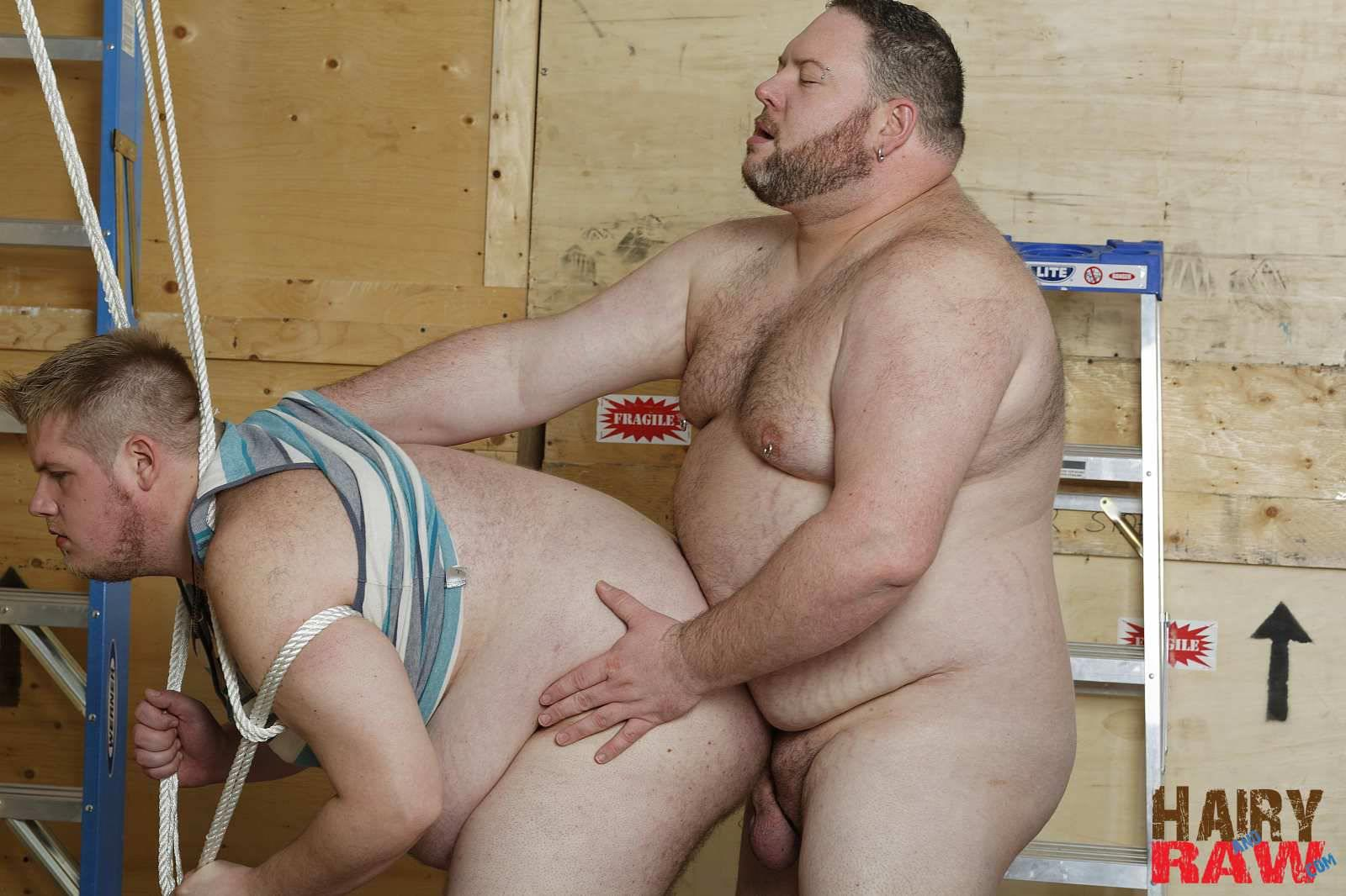 Hairy-and-Raw-Bear-Waters-and-Teddy-Osborne-Big-Hairy-Chubs-Fucking-Bareback-Amateur-Gay-Porn-09 Super Chubs Fucking Bareback At The Warehouse