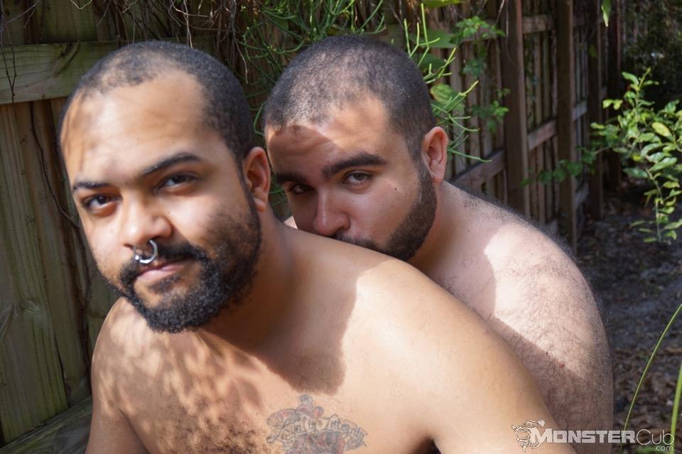 Monster-Cub-Gus-and-Rhino-Hairy-Chubby-Cubs-Barebacking-Amateur-Gay-Porn-09 Hairy Chubby Cub Bears Fucking Bareback In The Backyard