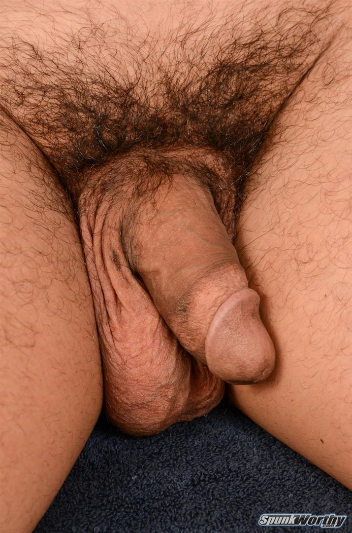 SpunkWorthy-Colt-Beefy-Naked-Marine-Gets-Handjob-From-A-Guy-Amateur-Gay-Porn-04 Straight Beefy US Marine Gets His First Handjob From A Guy