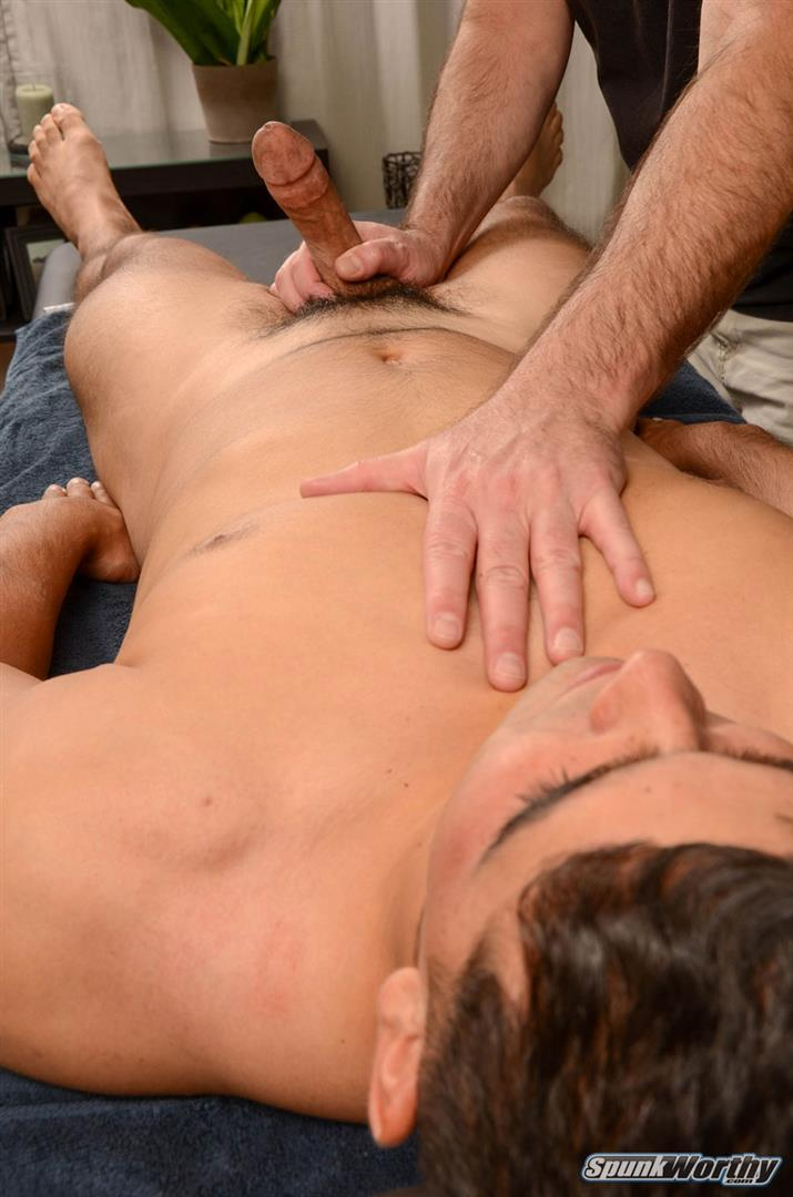 SpunkWorthy-Colt-Beefy-Naked-Marine-Gets-Handjob-From-A-Guy-Amateur-Gay-Porn-13 Straight Beefy US Marine Gets His First Handjob From A Guy