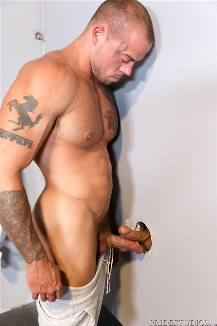 Extra-Big-Dicks-Sean-Duran-Fucking-Through-A-Glory-Hole-Amateur-Gay-Porn-06 Getting Fucked By A Big Fat Cock Through a Glory Hole