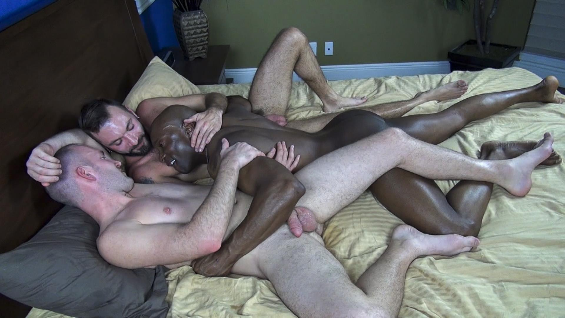 Raw-Fuck-Club-Ethan-Palmer-and-Champ-Robinson-and-Trit-Tyler-Bareback-Interrical-Amateur-Gay-Porn-10 Champ Robinson Shares His Big Black Dick With 2 White Guys