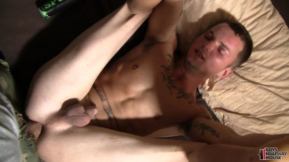 Boys-Halfway-House-Jayden-Dire-Twink-Getting-Barebacked-Amateur-Gay-Porn-13 Young Man Just Out Of Prison Takes It Raw Up The Ass To Survive