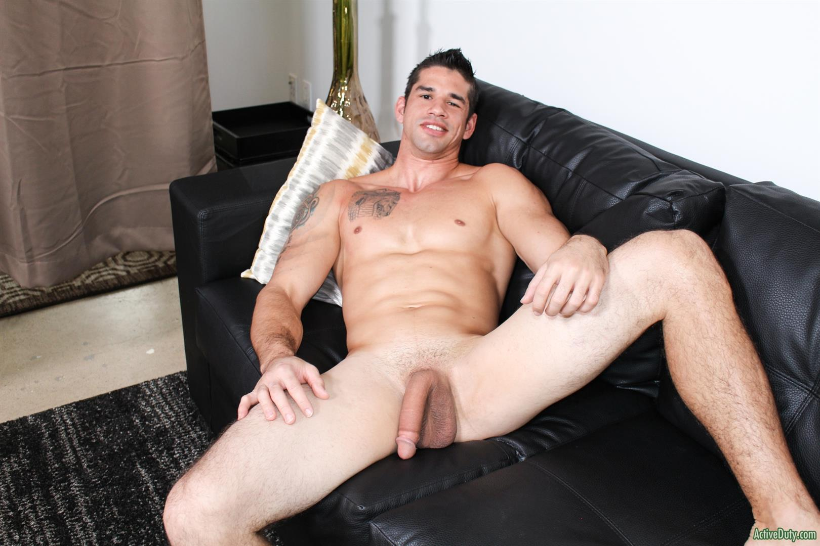 Active-Duty-Jason-Richards-Army-Naked-Soldier-With-A-Big-Cock-10 Check Out The Long Cock On This New Army Recruit