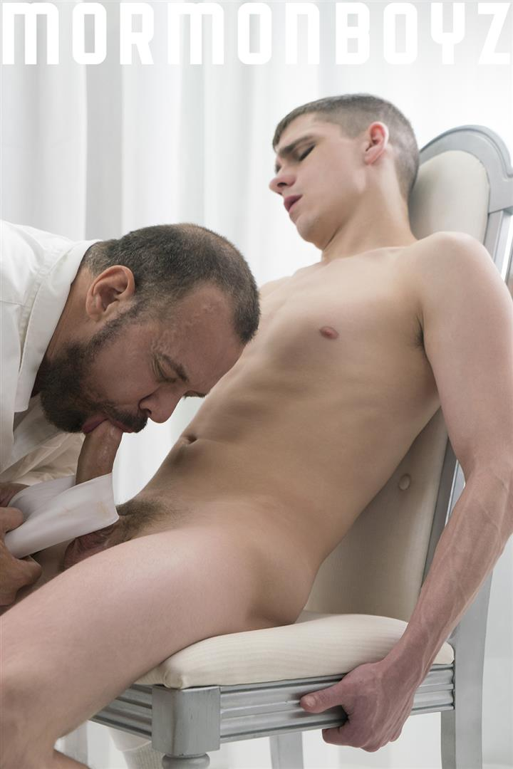 Mormon-Boyz-Missionary-Gets-His-Big-Cock-Sucked-By-Older-Man-07 Young Mormon Missionary Gets His Big Cock Sucked By An Older Daddy